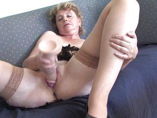 Латекс дрочка порно
