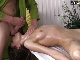 Порно голые большие сиськи бесплатно