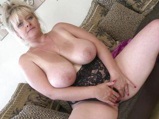 Порно зрелых толстых свингеров