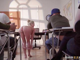 Порно секретаршу вдвоем